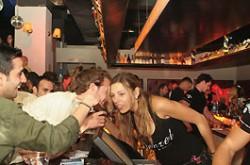 Denzel-Bar